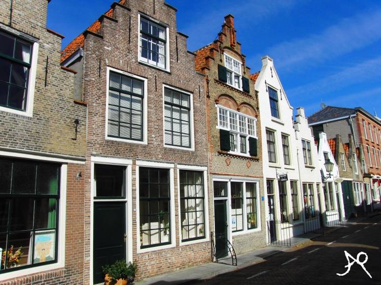 la susi holland 1258x